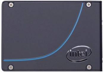 Накопитель SSD Intel DC P3700 SSDPE2MD400G401, объем накопителя 400Gb, форм-фактор: 2.5, интерфейс: PCI-E, тип NAND: MLC, скорость чтения до 2700Мб/с, скорость записи до 1080Мб/с