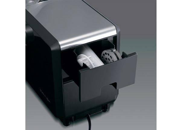 Мясорубка Panasonic MK-ZJ3500KTQ черный/серебристый - фото 3