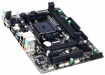 Материнская плата Gigabyte GA-F2A68HM-S1, гнездо процессора Socket FM2+, чипсет AMD A68H, память 2xDDR3, форм-фактор mATX, звук AC`97 8ch(7.1), RAID, разъемы GbLAN+VGA