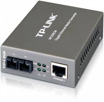 Медиаконвертер TP-Link MC200CM 1000 Мбит / с RJ45 - 1000 Мбит / с разъём SC (многомодовый оптоволоконный кабель), полнодуплексный, до 550м, переключающийся адаптер питания, возможность установки в шасси