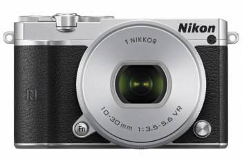 Фотоаппарат Nikon 1 J5 kit серебристый / черный