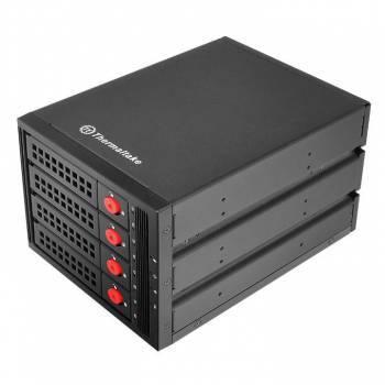 Сменный бокс для HDD/SSD Thermaltake Max 3504 SATA I/II/III/SAS черный (ST-007-M31STZ-A2)