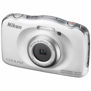 Фотоаппарат Nikon CoolPix W100 белый (VQA010K001)