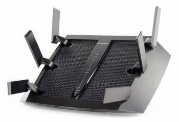 Беспроводной роутер NetGear Nighthawk X6 (R8000-100PES) черный