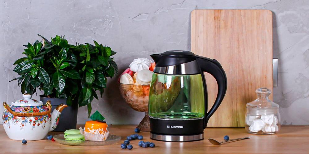 Чайник электрический Starwind SKG2213 зеленый/черный - фото 4