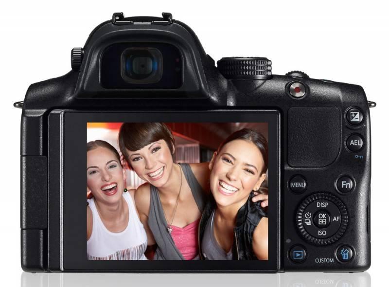 Фотоаппарат Samsung NX20 kit черный - фото 3