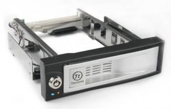 Сменный бокс для HDD Thermaltake Max4 N0023SN SATA II серебристый