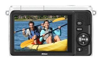 Фотоаппарат Nikon 1 S1 kit белый - фото 3