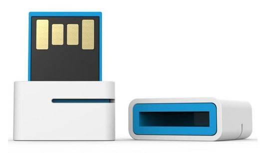 Флеш диск Leef Spark 32ГБ USB2.0 белый/синий - фото 1