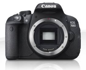 Фотоаппарат Canon EOS 700D черный, 1 объектив EF-S 18-135mm f/3.5-5.6 IS STM - фото 2