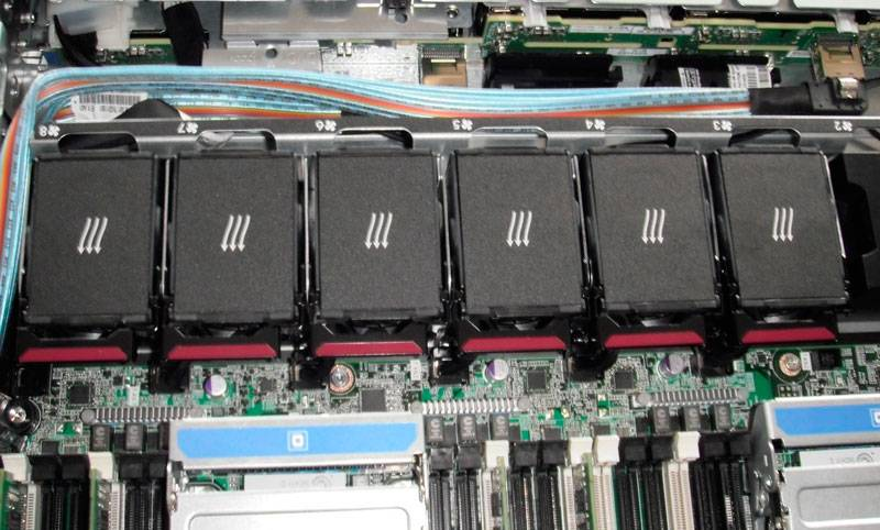 Сервер HP ProLiant DL360p Gen8 - фото 6
