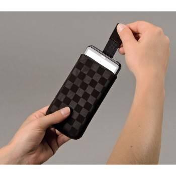 Чехол для мобильного телефона Hama Velvet Pouch Square коричневый велюр (H-109382) - фото 3