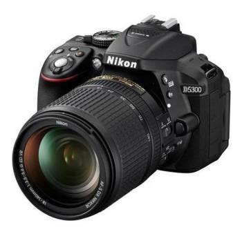 Фотоаппарат Nikon D5300 черный, 1 объектив AF-S DX NIKKOR 18-140mm f / 3.5-5.6G ED VR