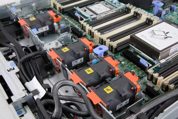 Сервер IBM x3550 M4 - фото 13