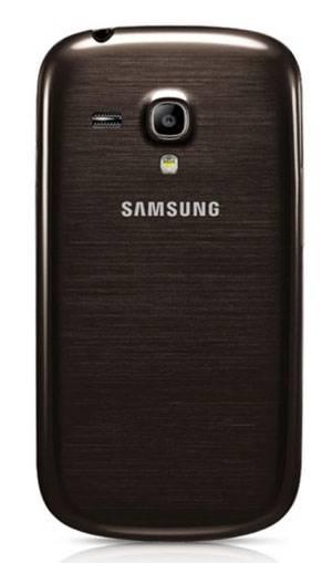 Смартфон Samsung Galaxy S III mini VE GT-I8200 8ГБ коричневый - фото 2