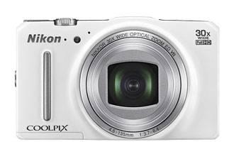 Фотоаппарат Nikon CoolPix S9700 белый - фото 1