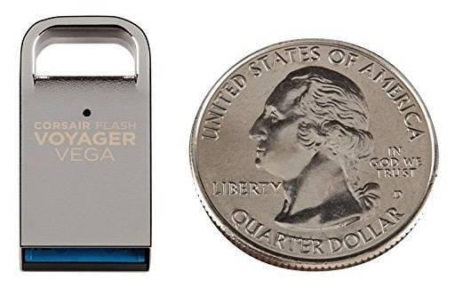 Флеш диск Corsair Voyager Vega 32ГБ USB3.0 серебристый - фото 4